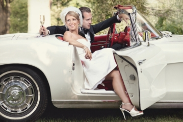 bride-groom-vintage-wedding-car-white-corvette.original